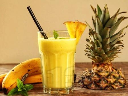 Смути от банан, ананас и джинджифил - снимка на рецептата